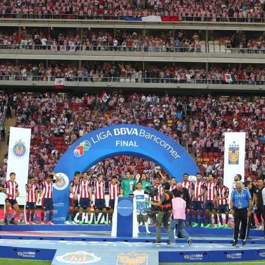 Igor Roji Lopez Promete construir un estadio para el Guadalajara en Orizaba
